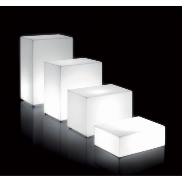 Parallelepipede in polietilene illuminabile m...